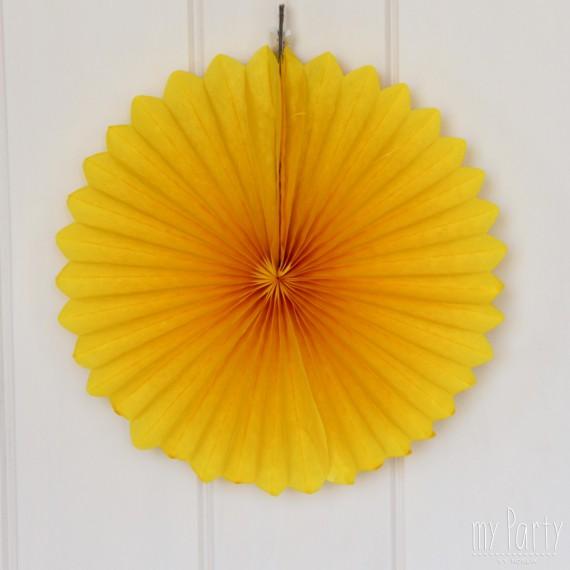 Abanico de papel de color amarillo.