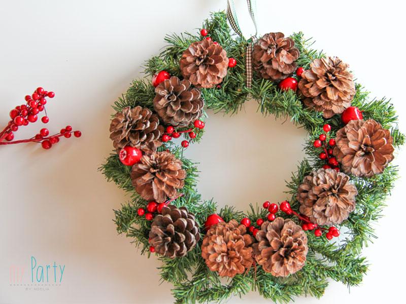 Diy Corona De Pinas De Navidad My Party By Noelia - Manualidades-navideas-con-pias
