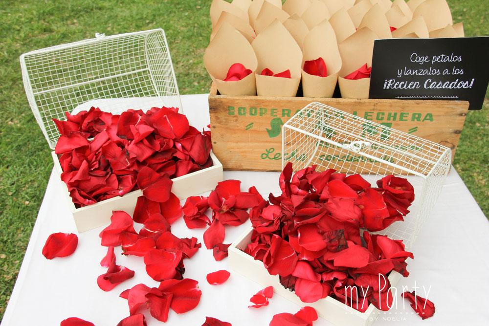 Petalos en boda