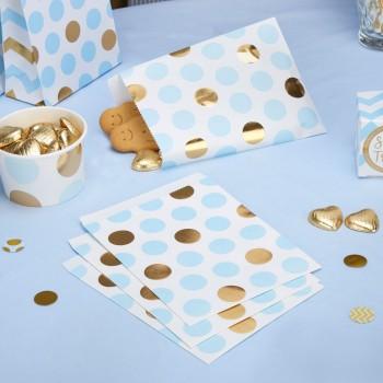 bolsas de papel azul y dorado